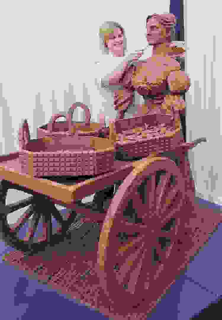 Chocolate Molly Malone Sculpture